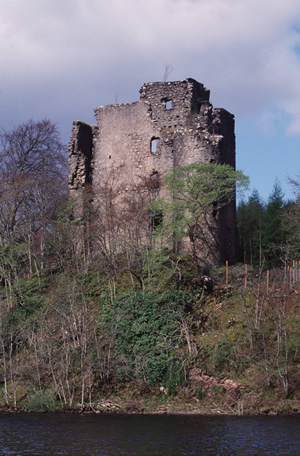 Invergarry Castle from Loch Oich